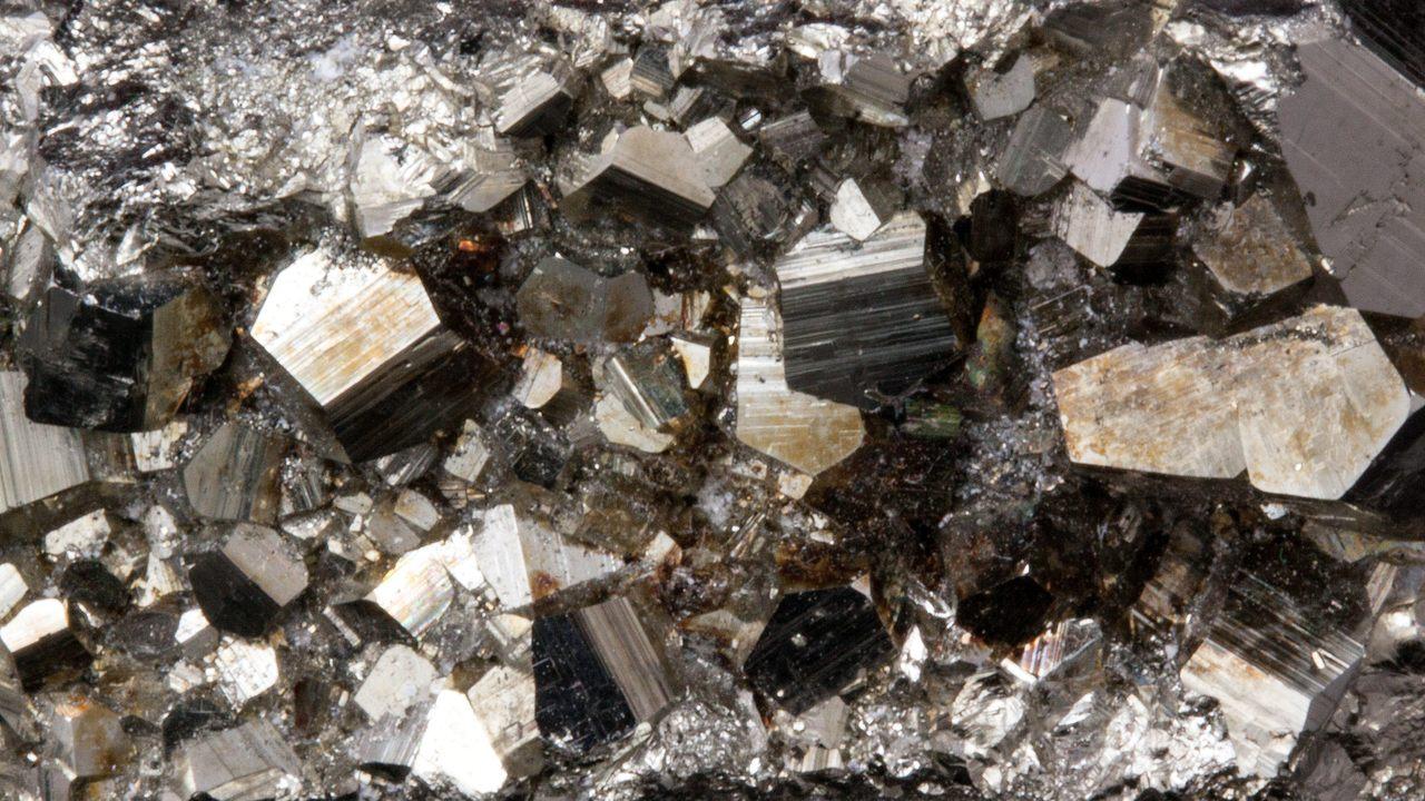 Coleccionar Sulfuros - Pirita